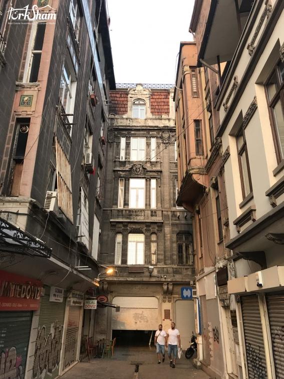مبنى اثري في اسطنبول يباع بقيمة 78 مليون ليرة اليوم