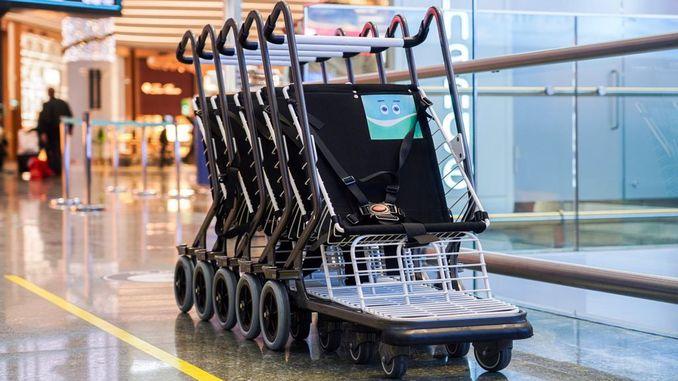 استخدام عربات الاطفال مجانا في مطار اسطنبول